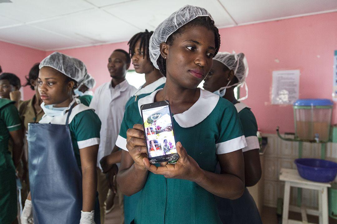 Gladys Adwapa, enfermera del Hospital Ga West